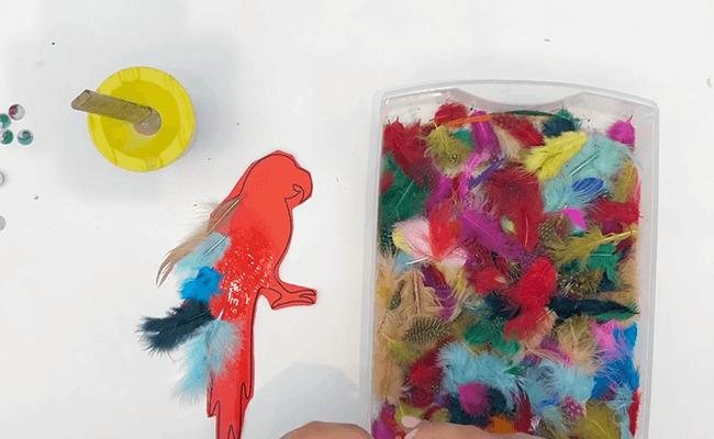 حيوانات ملونة